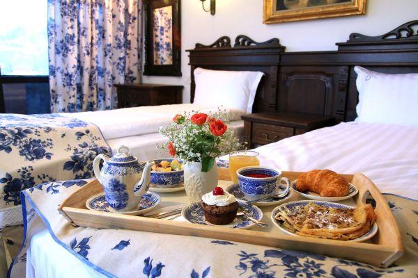 Mic dejun la conac, Bratescu, Boutique Hotel